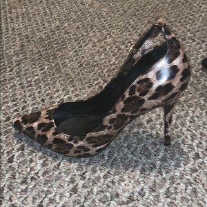 White House Black Market Heels- 8M